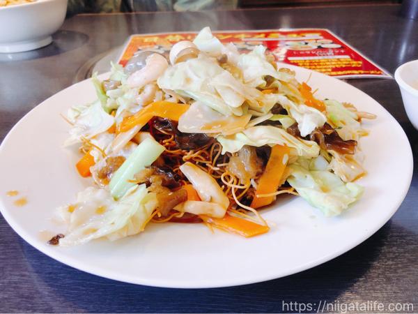 中華料理 美味居