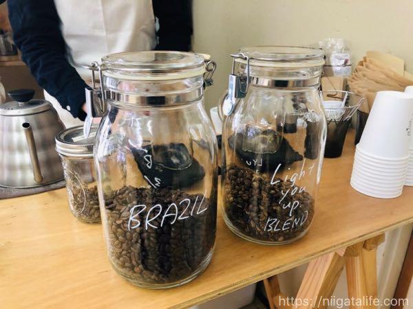 「YAMAGA COFFEE」のご夫婦と