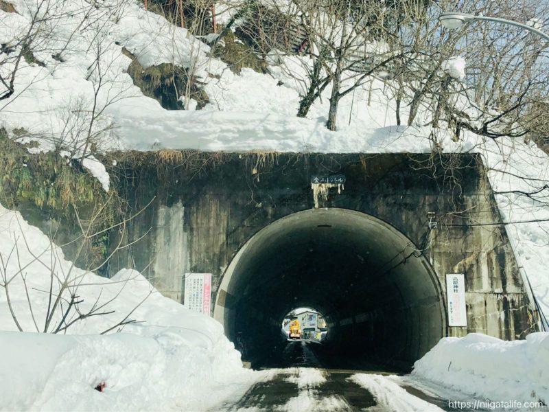 雪の中の高龍神社へ!遅ればせながら2021年の初詣