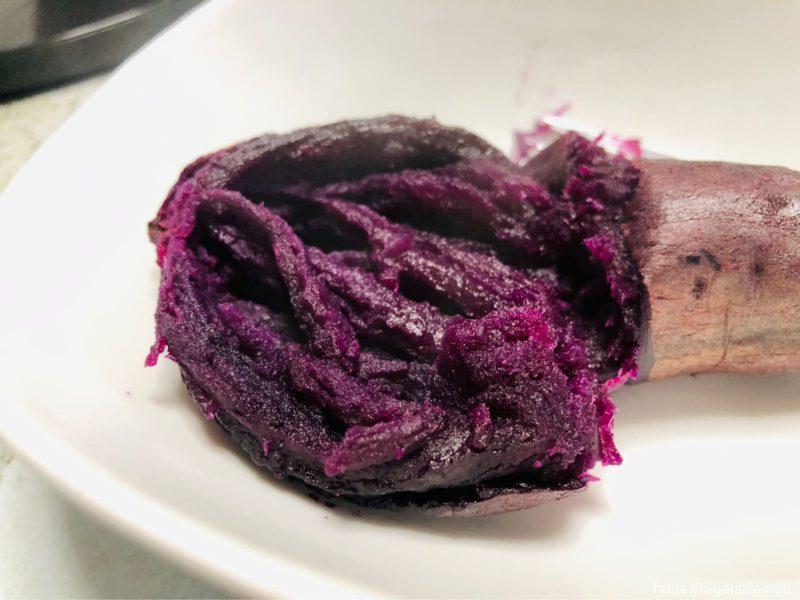 紫色で濃厚!炊飯器でねっとり焼き芋作ったよ!