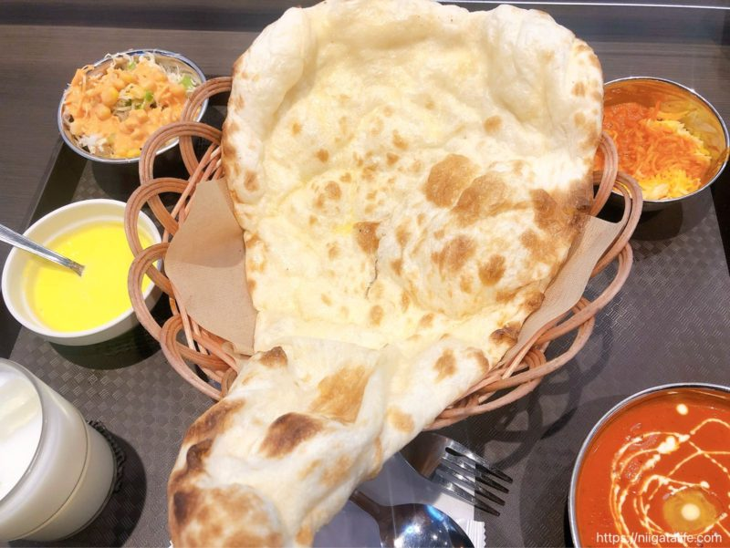 おすすめはバターチキンカレー!インドレストランミラージュ