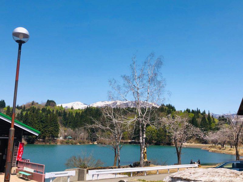 道の駅いりひろせ 湖上レストラン鏡ヶ池で美味しい山菜そばを食べました